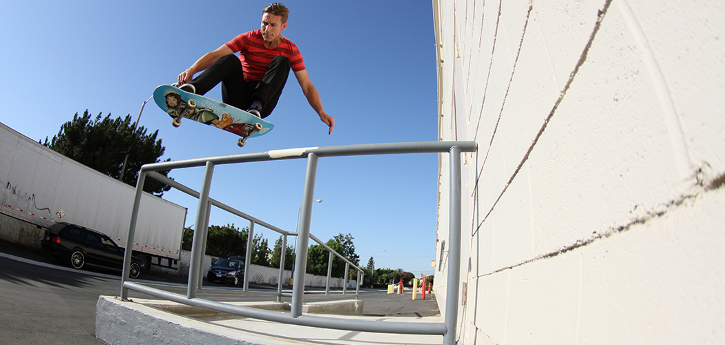 Brian-Ollie-Over-Bar-2